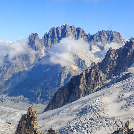 Massif du Mont-Blanc или Massiccio del Monte Bianco