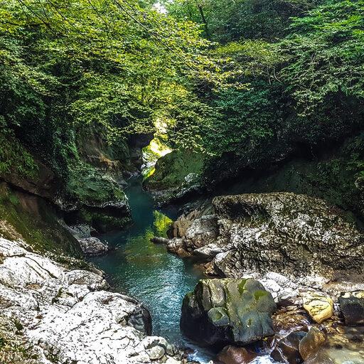 Автотрип Грузия-Армения: каньоны и пещеры в окрестностях Кутаиси