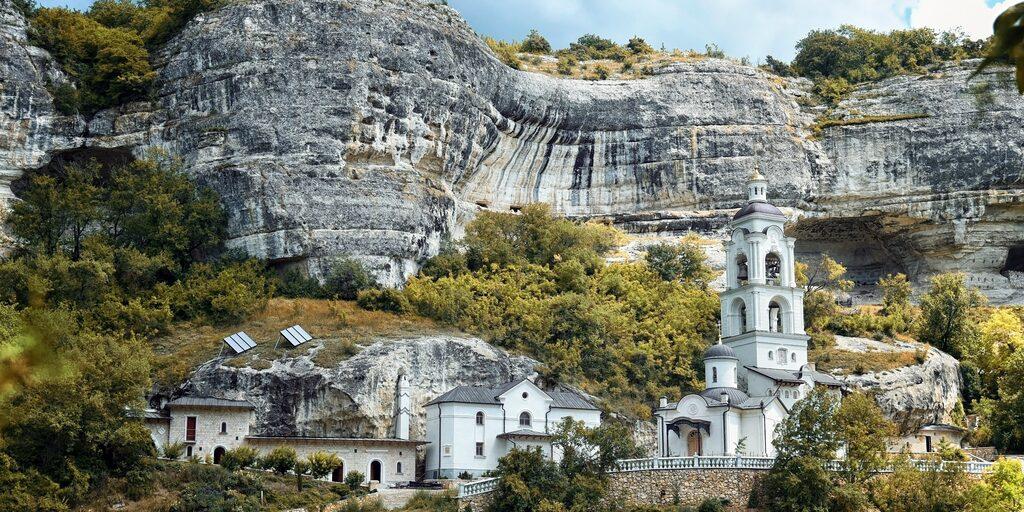 Бахчисарай и пещерный город Марьям — Дере