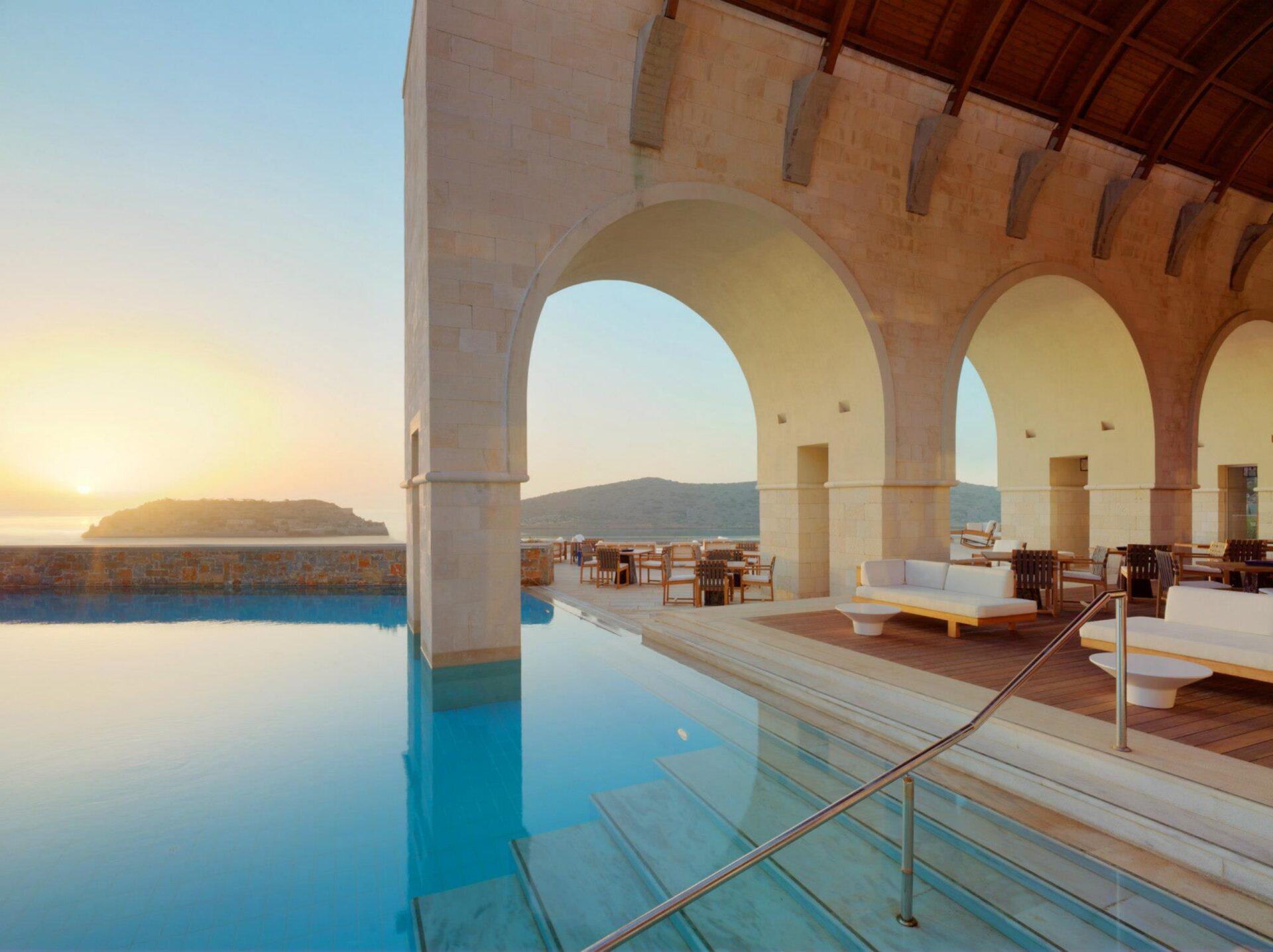 Отель Blue Palace aLuxury Collection Resort & Spa Elounda