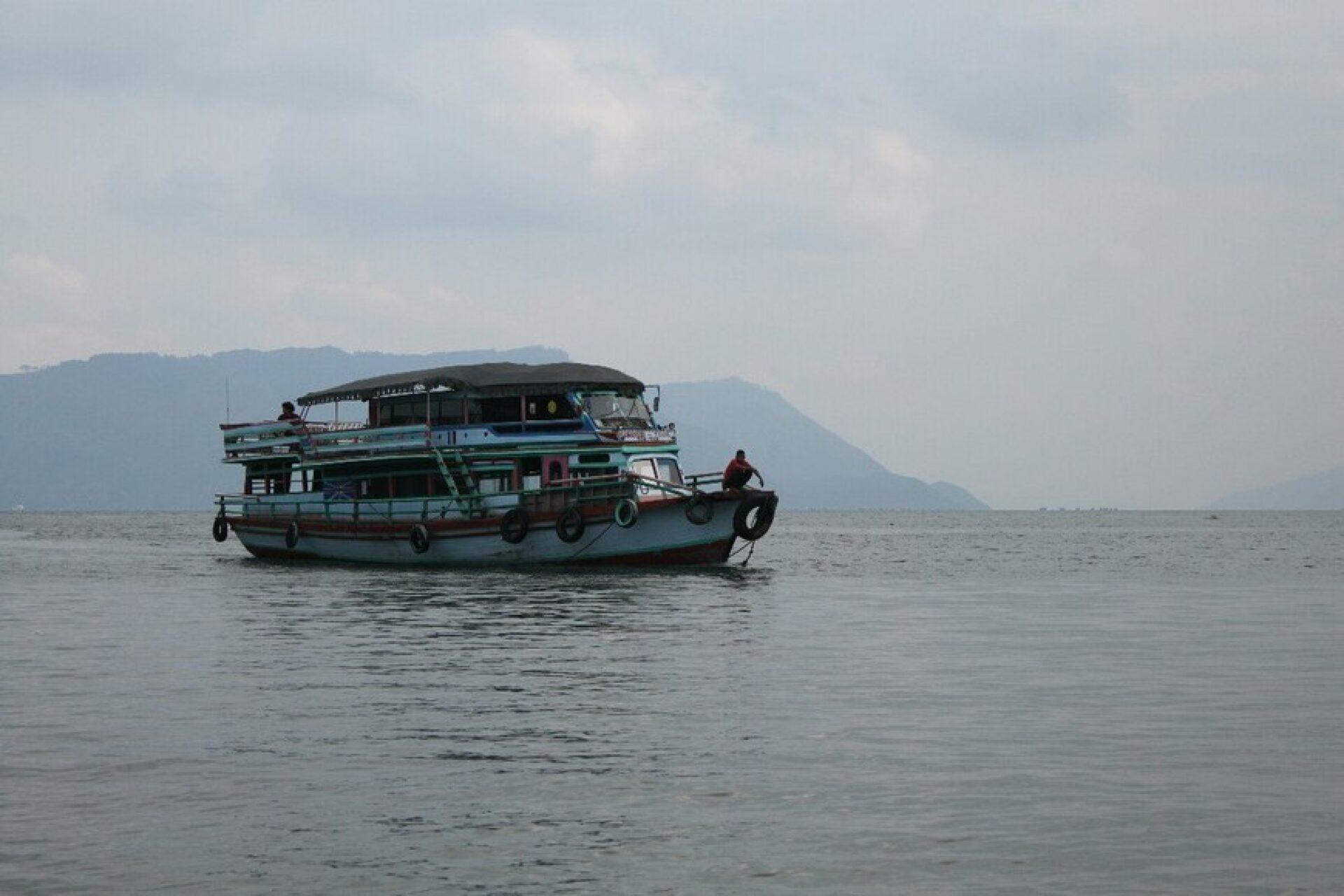 Озеро Тоба, Северная Суматра, Индонезия