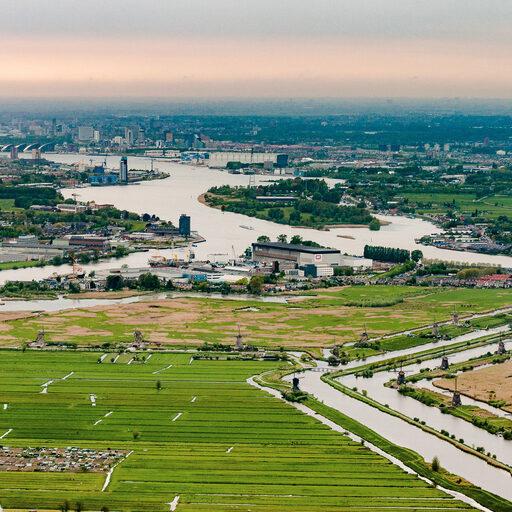 Настоящая Голландия с высоты воздушного шара